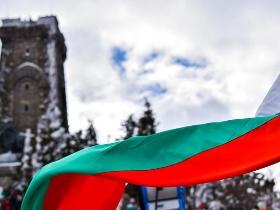 Болгарский журналист Петё Блысков посвятил материал в газете «Труд» волне «антироссийской дикости», которая захлестнула страну в последнее время