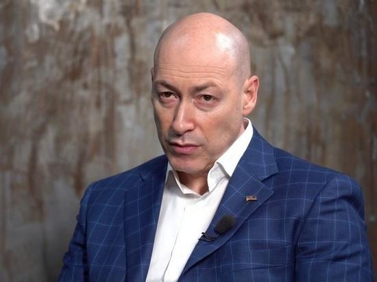 Журналист Дмитрий Гордон в эфире программы на телеканале «Украина 24» рассказал, как относится к артистам, которые выступают в России