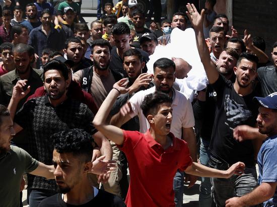 В израильской полиции рассказали об ожесточенных столкновениях между арабами и евреями