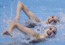 Синхронистки Светлана Ромашина и Светлана Колесниченко победили с постановкой «Калинка» в технической программе на чемпионате Европы в Будапеште