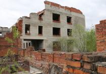 Долгострои против детей: в пригороде Хабаровска сразу двое школьников оказались в больнице с серьезными травмами