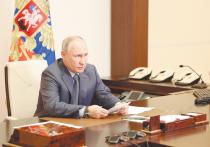 Глава Росгвардии Виктор Золотов признался Владимиру Путину, что альтернативы ЧОПам, осуществляющим охрану школ, на сегодняшний день нет