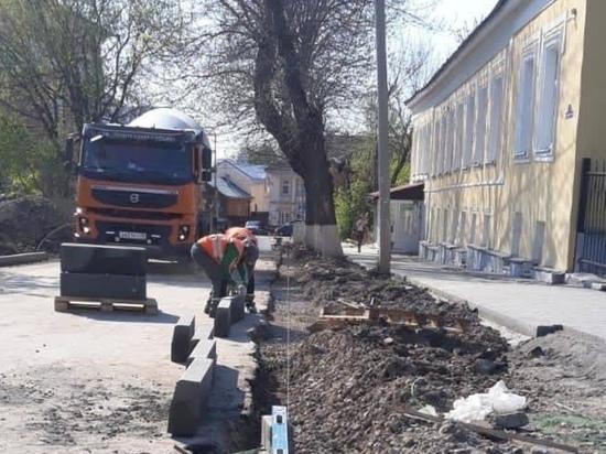 """Денисов ведет строгий контроль над реализацией нацпроекта """"Безопасные качественные дороги"""""""