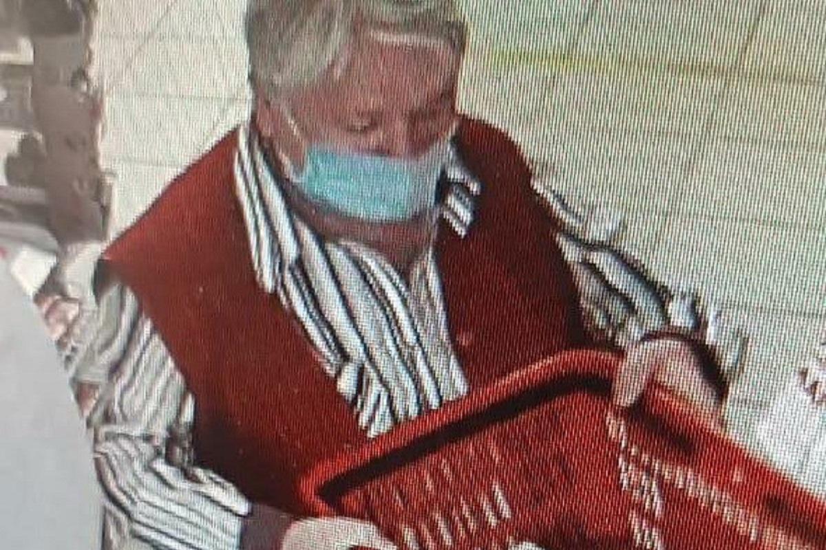 Не в меру находчивая костромская пенсионерка унесла из магазина чужой кошелек
