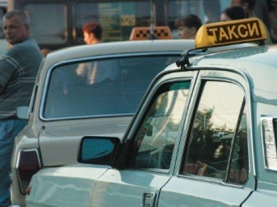 В Омске таксист-алиментщик проломил пассажиру голову из-за конфликта