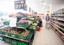 Псковичка украла продукты из магазина на улице Труда