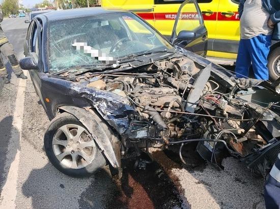 После серьезного ДТП в Твери аккумулятор отлетел еще в две машины
