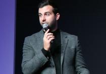 Телеведущий Иван Ургант отреагировал на заявление лидера ЛДПР Владимира Жириновского, который потребовал закрыть шоу «Вечерний Ургант»