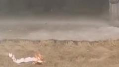 Юные пироманы запускали «огненных змеев» из туалетной бумаги с балкона в Новом Уренгое