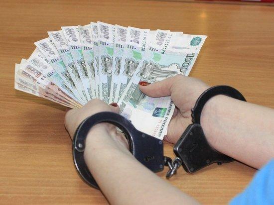 В Адыгее экс-начальницу почтового отделения обвиняют в хищении денег