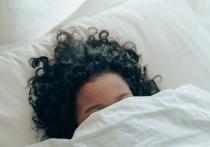 С момента начала пандемии коронавируса в прошлом году многие люди заметили, что их сны стали более яркими и тревожными, что заставляет задуматься о том, что они могут означать