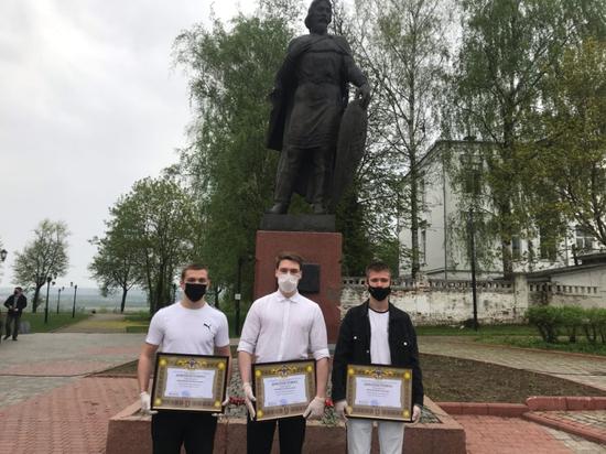 Студентов Владимирского колледжа наградили за помощь в задержании правонарушителя