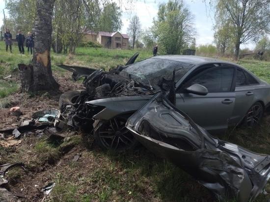 Появились фото с места смертельного ДТП на встречной полосе в Тверской области