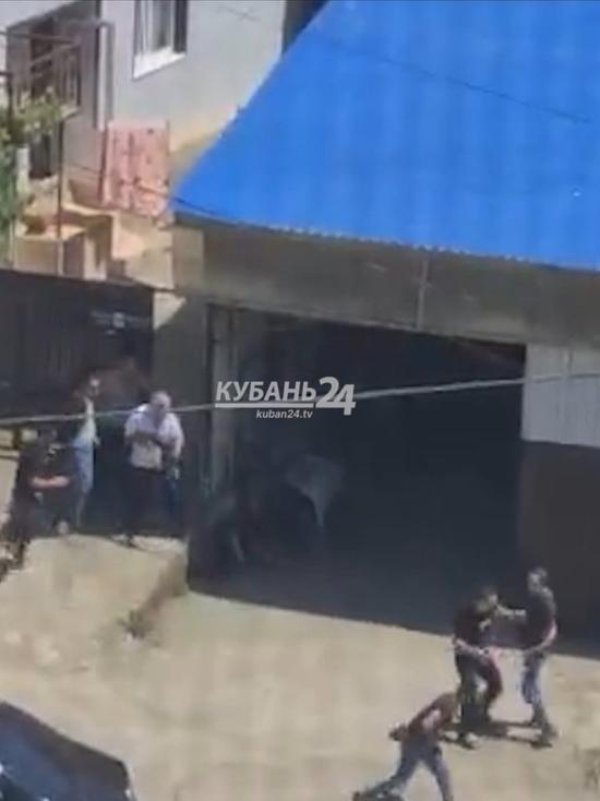 В Сочи посреди дня произошла перестрелка на улице