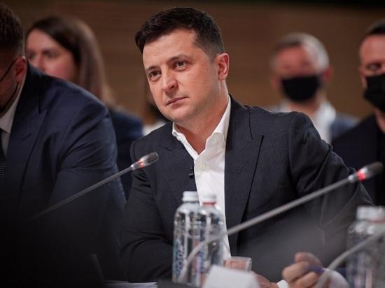 Президент Украины Владимир Зеленский ввел санкции против 557 криминальных авторитетов – так называемых воров «в законе», сообщается на сайте главы Украины