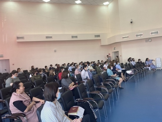 В Калмыкии обучали организаторов Единых государственных экзаменов