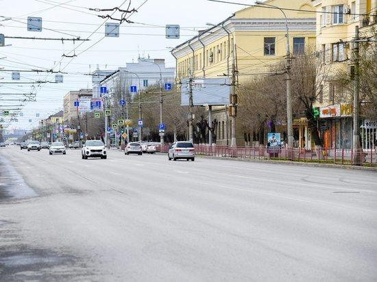 Изучая ситуацию, специалисты УФАС выявили, что еще в 2013 году в Волгограде прошел конкурс на размещение рекламных конструкций – с единственными участниками практически по всем лотам