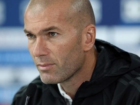 Главный тренер мадридского «Реала», французский специалист Зинедин Зидан решил покинуть свой пост в конце нынешнего сезона