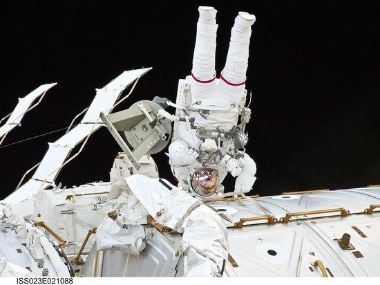 """Эксперт подсчитал прибыль """"Роскосмоса"""" от японских туристов"""