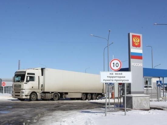 Алтайские пограничники объяснили необходимость обустройства технологических проходов в грузовиках