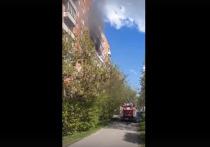 Сегодня, в Туле на улице Ложевой загорелась квартира, расположенная на 6 этаже многоквартирного дома