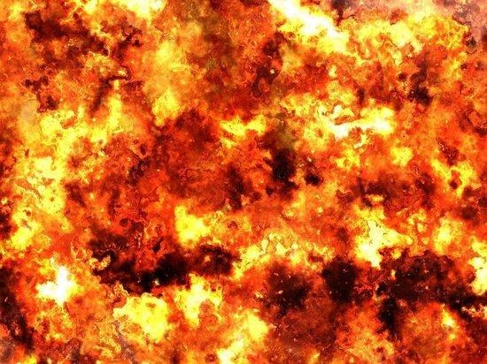 """Пожар в Екатеринбурге локализовали на площади 2,5 тысячи """"квадратов"""""""