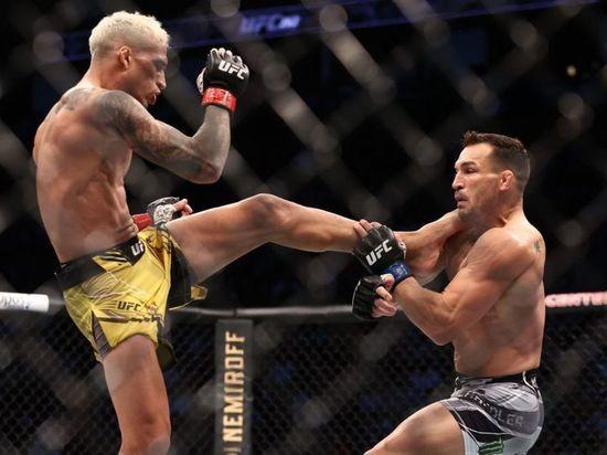 Антонина Шевченко потерпела очередное поражение, Тони Фергюсон продлил неудачную серию, а Чарльз Оливейра выиграл титул UFC в легком весе. «МК-Спорт» рассказывает о самом интересное, что происходило в рамках турнира UFC 262, который прошел в Хьюстоне (США).