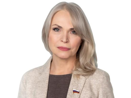 Ирина Белых предложила включить в обязательную школьную программу по литературе больше произведений писателей-фронтовиков