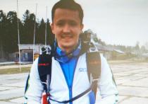 Несчастливым оказался подарок на день рождения для 26-летнего мужчины, который в субботу травмировался при прыжке с парашютом в тандеме с инструктором в Подмосковье