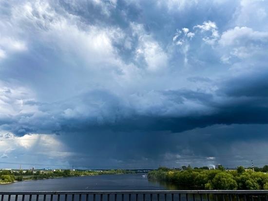 На Тверскую область надвигается сильный дождь и гроза