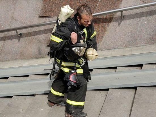 На западе Москвы в бизнес-центре произошел пожар