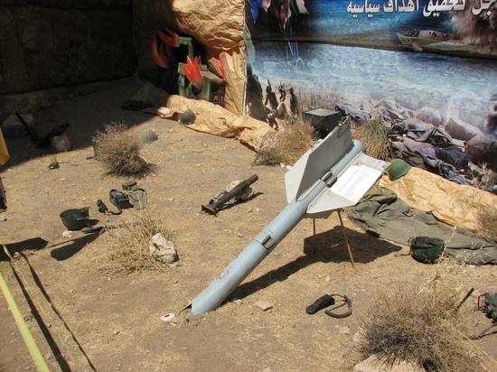 На вооружении ливанских боевиков десятки тысяч реактивных боеприпасов