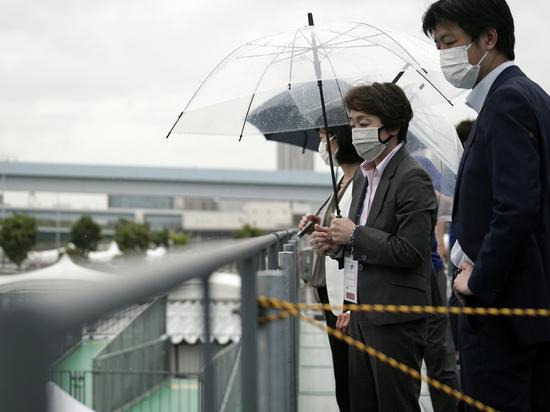 Жители страны обеспокоены новым всплеском пандемии коронавируса