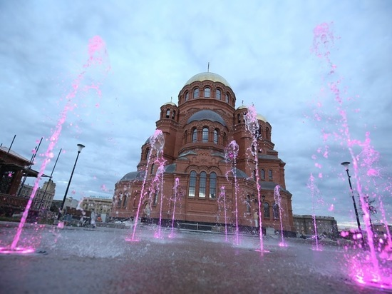 В Волгограде откроется выставка рисунков с Александро-Невским храмом