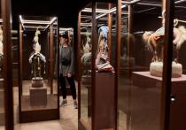 18 мая в формате постоянной экспозиции Галереи Виктора Бронштейна вновь откроется зал авторских кукол семьи Даши Намдакова.
