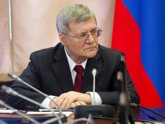 Путин продлил Юрию Чайке срок службы на год