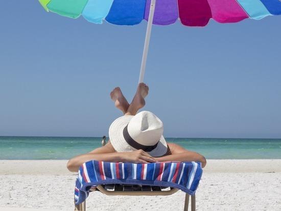 Загар может негативно повлиять на здоровье человека