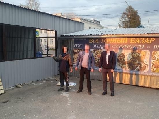 В Тверской области парень с девушкой подожгли торговый павильон ради мяса