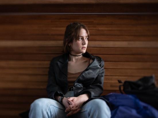 В Москве уже начались, а на Черном море в ближайшее время пройдут съемки фильма «Ника» о поэтессе Нике Турбиной, ставшей популярной в семилетнем возрасте и очень рано ушедшей из жизни
