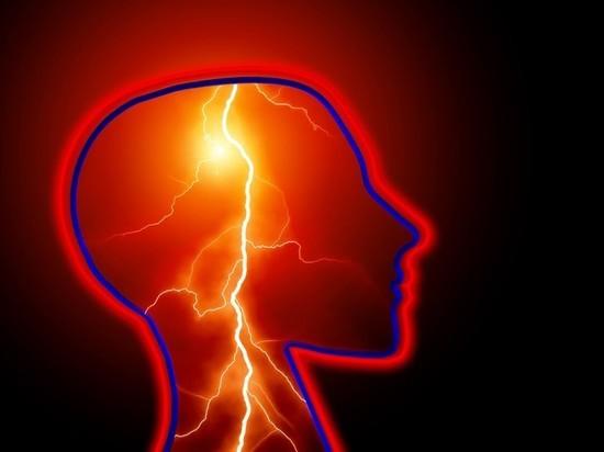 Невролог назвал болезни, на которые указывает звон в ушах