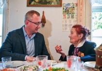 Шапша встретился с участницей освобождения Калуги