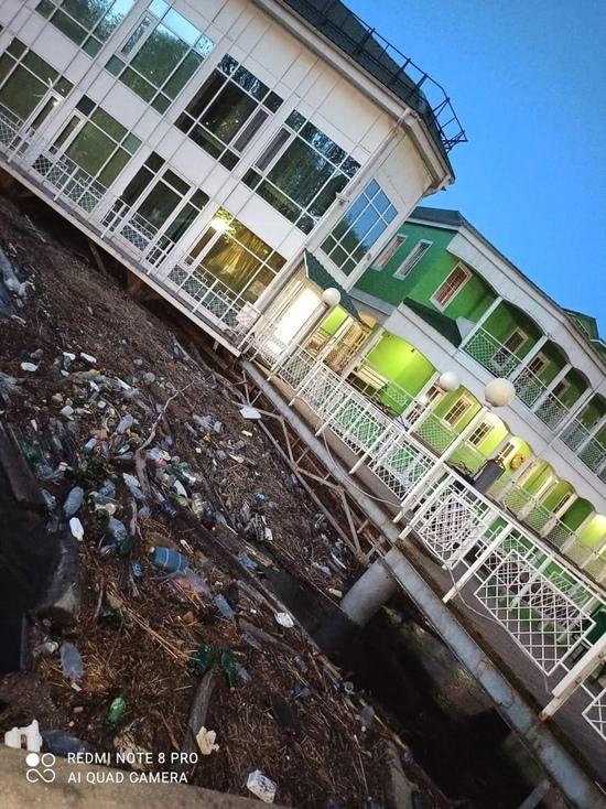 В Ярославле элитный отель «утонул» в грязи