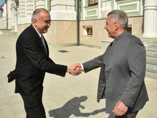 Минниханов обсудил с делегацией Узбекистана опыт в IT и благоустройстве