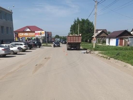 В Скопине Рязанской области КамАЗ насмерть сбил велосипедиста