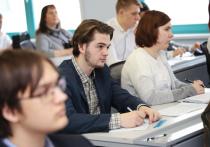 Рособрнадзор утвердил расписание контрольных работ для выпускников 9-х классов, введенных в этом году вместо обязательных основных государственных экзаменов (ОГЭ) по выбору
