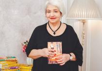 24 апреля писательница Екатерина Вильмонт, чьи романы издавались огромными тиражами и помогали людям жить, что чистая правда, отметила 75-летие