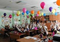 Губернатор Тюменской области Александр Моор выразил глубокие соболезнования родителям погибших в Казани детей, всем раненым и пострадавшим и отметил, что главное сейчас — не допустить подобных трагедий впредь