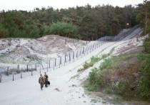 На границе с Россией построили более половины «стены» Яценюка