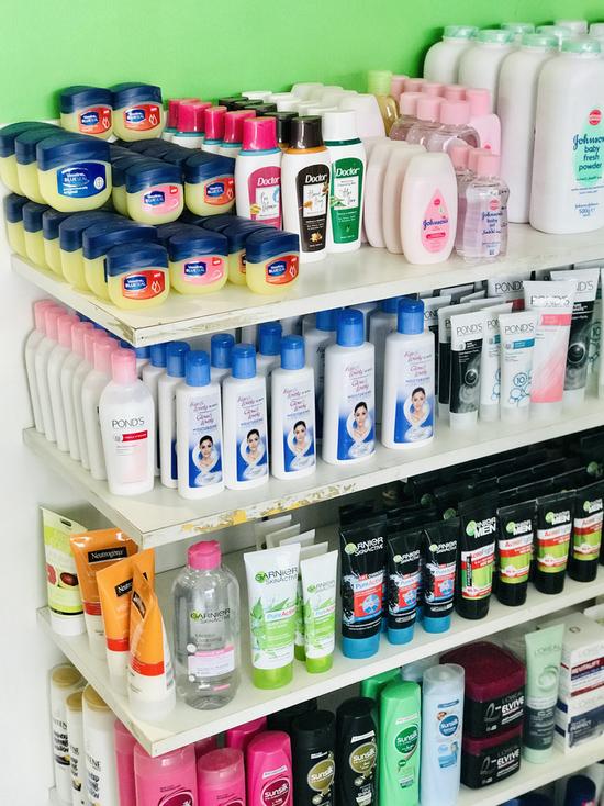 Советы потребителям Германии: Лучшие и самые полезные для здоровья шампуни