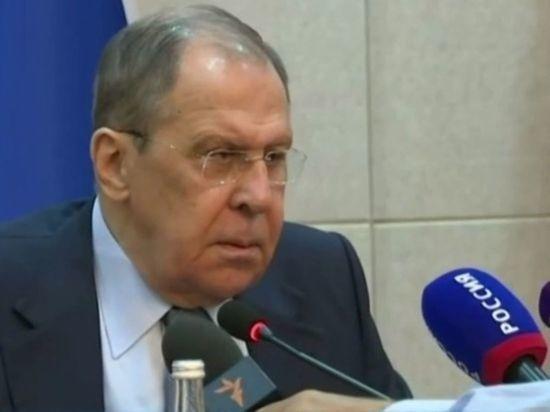 Лавров намерен обсудить с Блинкеном развитие отношений России и США